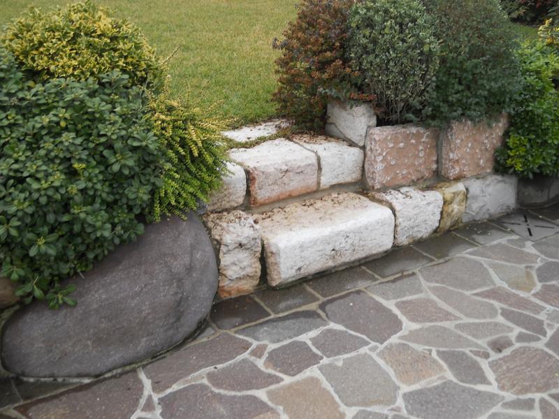 S f pietre lavorazione pietra estrazione pietra for Soluzioni x giardino
