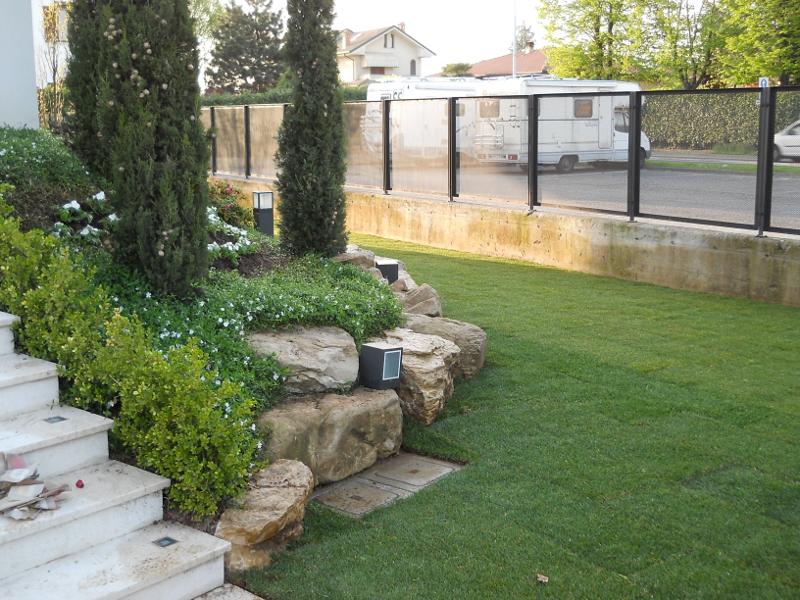 S f pietre lavorazione pietra estrazione pietra for Soluzioni per giardino