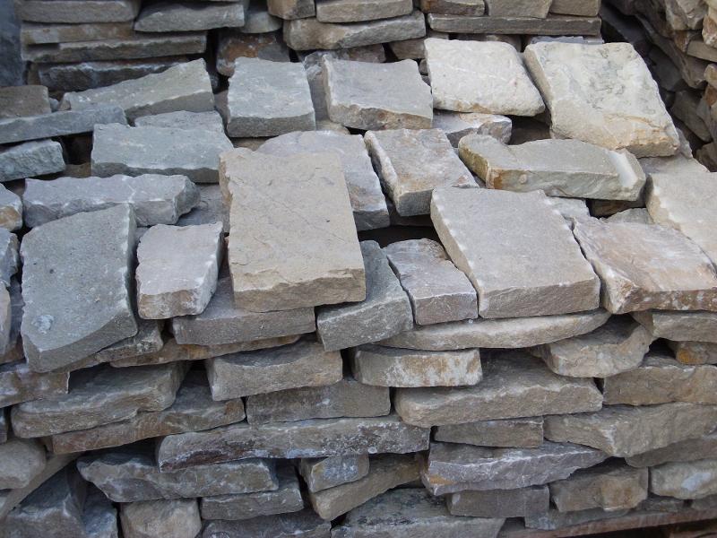 S f pietre lavorazione pietra estrazione pietra for Arredo giardino in pietra